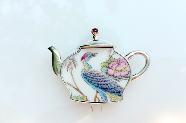 Ceramic bird silver teapot brooch